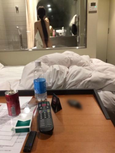 セックスレスの人妻とホテルへ