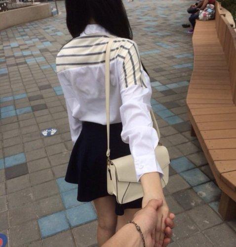 処女と手繋ぎ